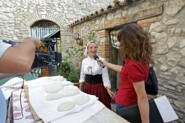 Intervista a Gabriella durante Mani in Pasta